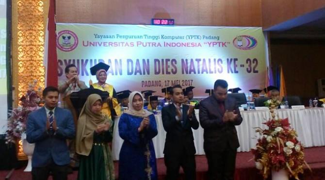 Dies Natalis ke 32 UPI YPTK Padang Gelar Syukuran
